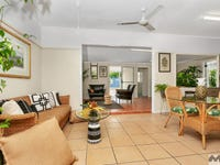 25 Prior Street, Machans Beach, Qld 4878