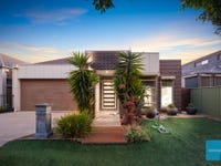 49 Gardenia Way, Caroline Springs, Vic 3023
