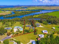 25 Waterview Crescent, Woombah, NSW 2469