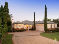11 McConnell Crescent, Brookfield, Qld 4069
