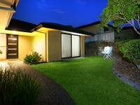 2/136 Pacific Pines Boulevard, Pacific Pines, Qld 4211