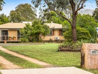 9 Biggs Road, Withcott, Qld 4352