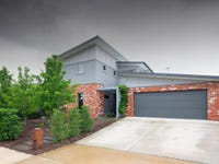 4 Redshaw Street, Coombs, ACT 2611