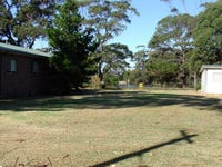 12 Oak Avenue, Lake Tabourie, NSW 2539