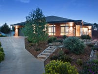 18 Clover Court, Romsey, Vic 3434