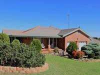12 GLENBURNIE CLOSE, Parkes, NSW 2870