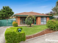 15 McGill Court, Pakenham, Vic 3810
