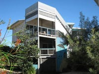 2/5 Pratt Court, Point Lookout, Qld 4183