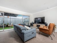 68/4 Pearlman Street, Coombs, ACT 2611