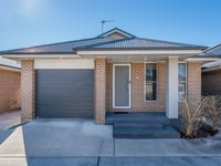 2/61 Clayton Crescent, Rutherford, NSW 2320