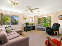 17 Dougy Place, Bellbowrie, Qld 4070