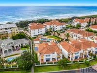 B6 U1/18-19 Pacific Parade, Yamba, NSW 2464