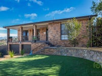 6 Welsby Place, Fadden, ACT 2904