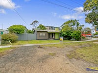 14 Marine Pde, Lakes Entrance, Vic 3909
