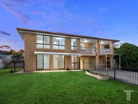 20 Helmsley Court, Carindale, Qld 4152