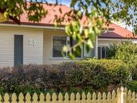 27 Cranley Street, South Toowoomba, Qld 4350
