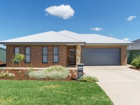 24 Tantoon Circuit, Forest Hill, NSW 2651