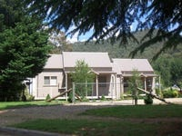 242 Great Alpine Road, Harrietville, Vic 3741