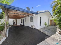 5 Mimosa Street, Holloways Beach, Qld 4878