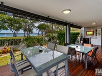 2/131 Welsby Pde, Bongaree, Qld 4507