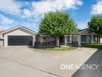 2/7 BEDERVALE STREET, Bourkelands, NSW 2650