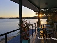 3 Alice st, Flying Fish Point, Qld 4860