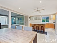 6 Richmond Entrance, Success, WA 6164