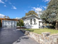 33 Mackie Crescent, Stirling, ACT 2611