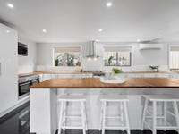 6 Alma Avenue, Fishermans Paradise, NSW 2539