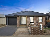38 Sirrom Crescent, Armstrong Creek, Vic 3217