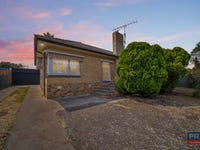 70 Retreat Road, Spring Gully, Vic 3550