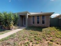 22 Dalbeattie Crescent, Dubbo, NSW 2830