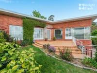 4 Woolton Place, Sandy Bay, Tas 7005
