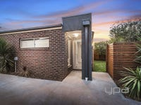 1/8 Carmarthen Close, Werribee, Vic 3030