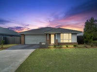 72 Seaside Boulevard, Fern Bay, NSW 2295