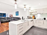 712/3-5 Pendraat Parade, Hope Island, Qld 4212