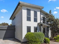 2/28 Malcliff Road, Newhaven, Vic 3925