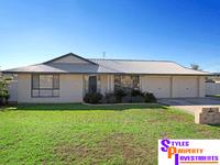 4 Warburton Drive Westdale, Westdale, NSW 2340