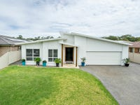 24 Howard St, Wallabi Point, NSW 2430