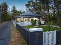 854 Henry Lawson Drive, Picnic Point, NSW 2213