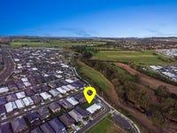24 Bartlett Crescent, Calderwood, NSW 2527