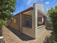 3/8 The Ridge, Wadalba, NSW 2259