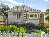 29 Christmas St, North Toowoomba, Qld 4350