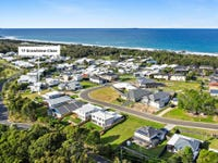 17 Grandview Close, Sapphire Beach, NSW 2450