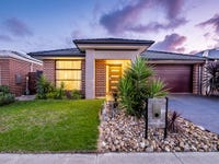 12 Compton Way, Clyde North, Vic 3978