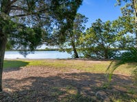 222/125 Hansford Road, Coombabah, Qld 4216