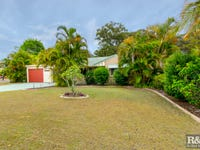 17-19 Kirk Place, Sandstone Point, Qld 4511