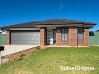 27 Hazelwood Drive, Forest Hill, NSW 2651