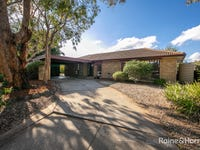 4 Parkes Court, Sunbury, Vic 3429