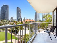 309/40 Surf Parade, Broadbeach, Qld 4218